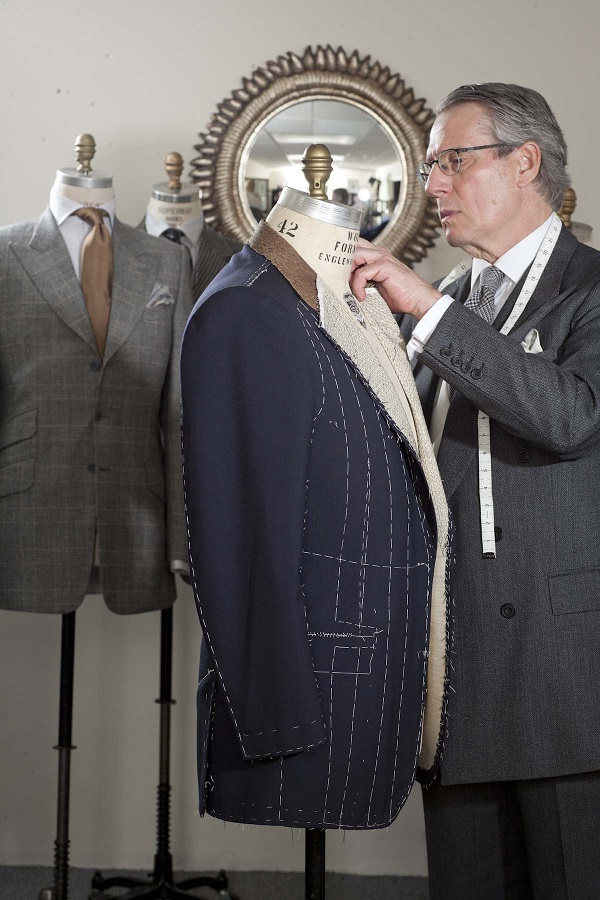 16K3553 Luxury Clothier Jon Green Talks Bespoke