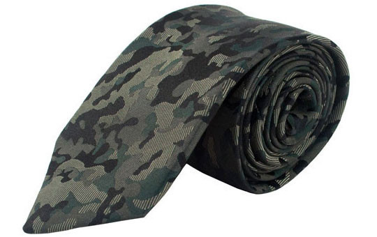 Bull+Moose Camo Tie 2013 OTC Holiday Style Guide: Modern Classics