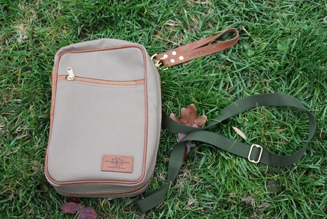 DSC 05472 JPLC Aviator: A Bag for all Seasons