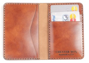 Saffron 53 Open grande 300x214 The Chester Mox Wallet