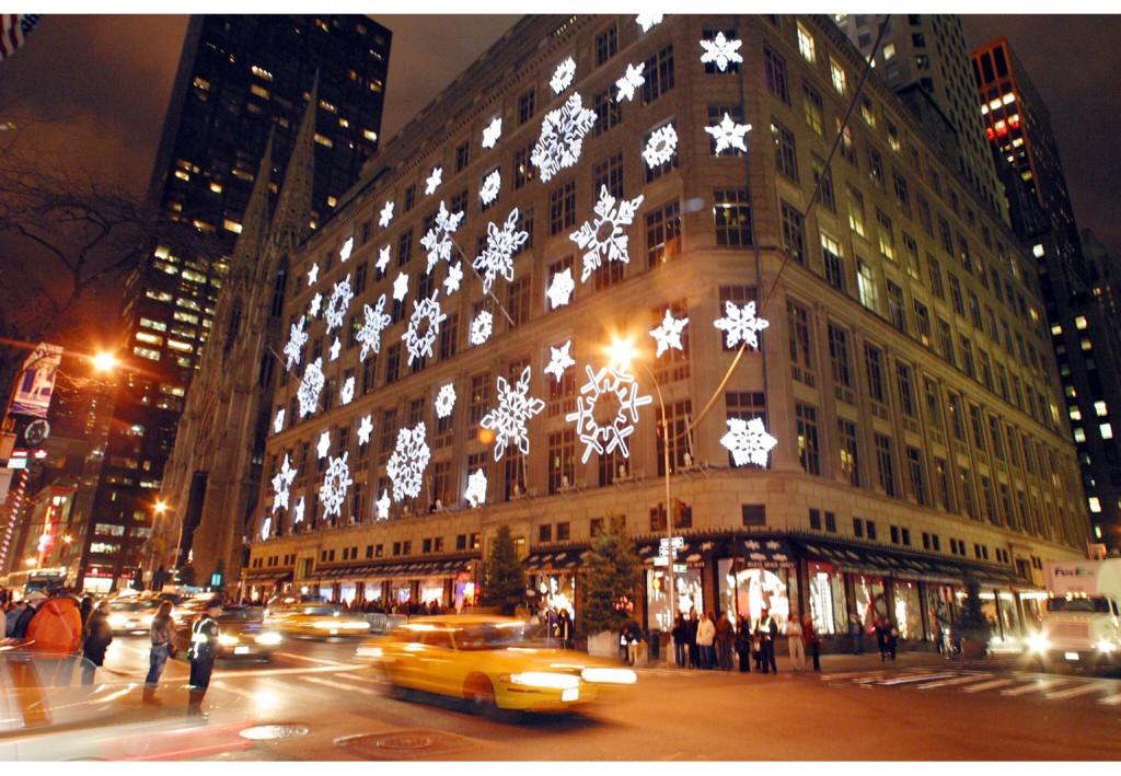 Saks 5th at Christmas 1024x709 A Brand Called You