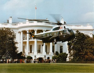 marine one white house lawn 300x232 Dressing to Visit Congress (or the White House)